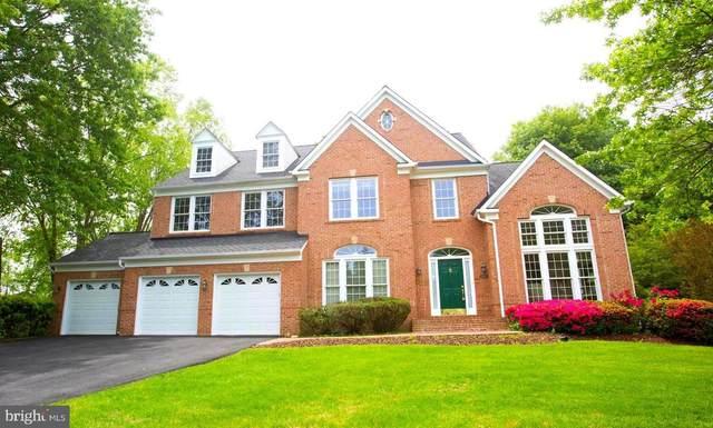 8310 Holly Haven Lane, FAIRFAX STATION, VA 22039 (#VAFX1130438) :: Debbie Dogrul Associates - Long and Foster Real Estate