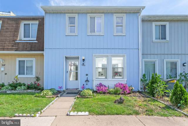 1009 Charles Street, HERNDON, VA 20170 (#VAFX1130660) :: The Piano Home Group