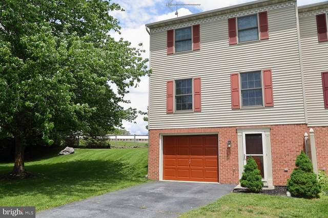 39 Derby Lane, LANCASTER, PA 17603 (#PALA163610) :: Liz Hamberger Real Estate Team of KW Keystone Realty