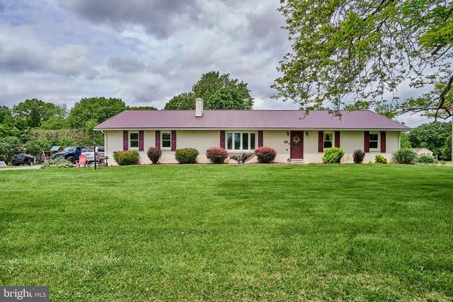 1 Clay Road, CARLISLE, PA 17015 (#PACB123888) :: The Joy Daniels Real Estate Group