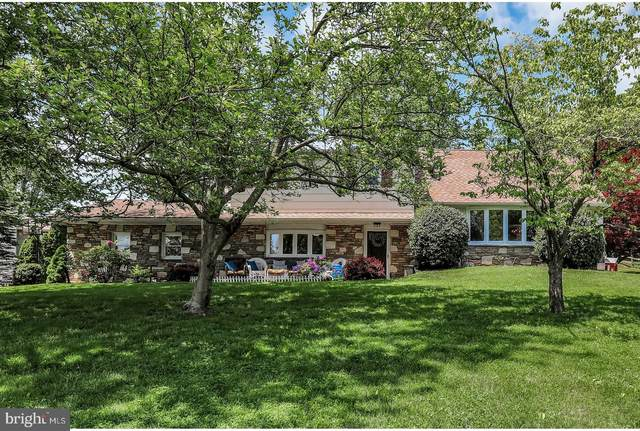 44 Rolling Hills Drive, HOLLAND, PA 18966 (#PABU497352) :: ExecuHome Realty