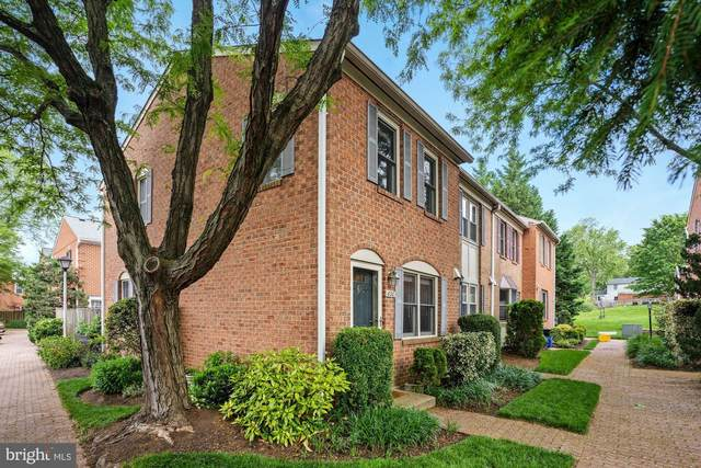 830 N Frederick Street, ARLINGTON, VA 22205 (#VAAR163368) :: Debbie Dogrul Associates - Long and Foster Real Estate