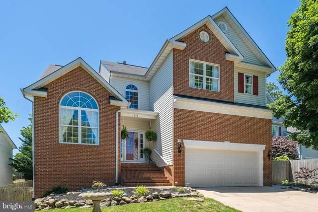 246 Breezewood Drive, WARRENTON, VA 20186 (#VAFQ165680) :: A Magnolia Home Team