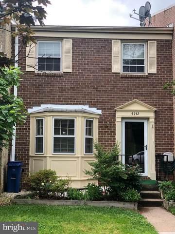 4742 Kandel Court, ANNANDALE, VA 22003 (#VAFX1131098) :: Crossman & Co. Real Estate