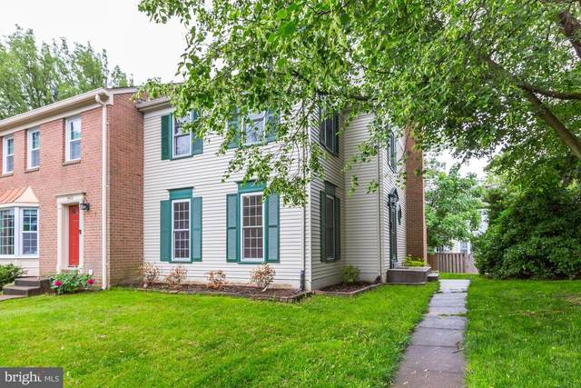3901 Bradwater Street, FAIRFAX, VA 22031 (#VAFC119874) :: The Bob & Ronna Group