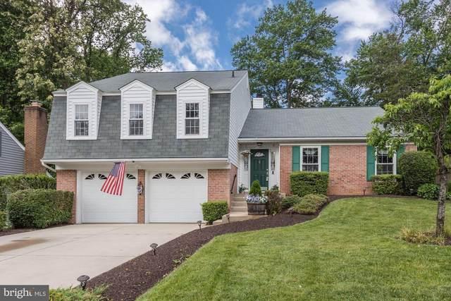 5257 Queens Wood Drive, BURKE, VA 22015 (#VAFX1131294) :: Jennifer Mack Properties