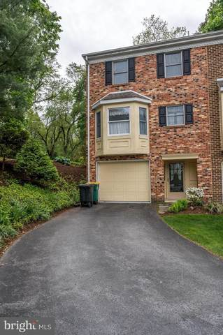 317 Valley View, WAYNESBORO, PA 17268 (#PAFL172862) :: The Joy Daniels Real Estate Group