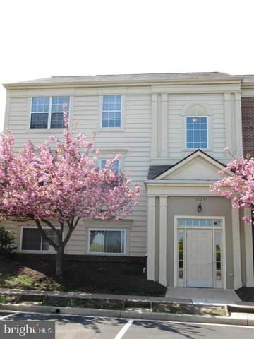 1129 Huntmaster Terrace NE #301, LEESBURG, VA 20176 (#VALO412186) :: Blackwell Real Estate