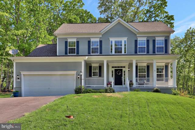 1033 W Masters Drive, CROSS JUNCTION, VA 22625 (#VAFV157756) :: Bob Lucido Team of Keller Williams Integrity