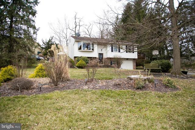 325 Sharon Drive, NEW CUMBERLAND, PA 17070 (#PAYK138480) :: TeamPete Realty Services, Inc
