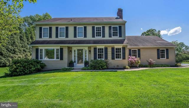 10 Newtown Woods Road, NEWTOWN SQUARE, PA 19073 (#PADE519644) :: The John Kriza Team