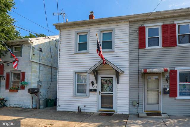 215 W Donegal Street, MOUNT JOY, PA 17552 (#PALA163872) :: Younger Realty Group