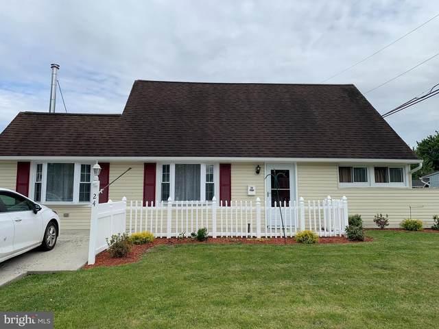 24 East Lane, LEVITTOWN, PA 19054 (#PABU497824) :: Linda Dale Real Estate Experts