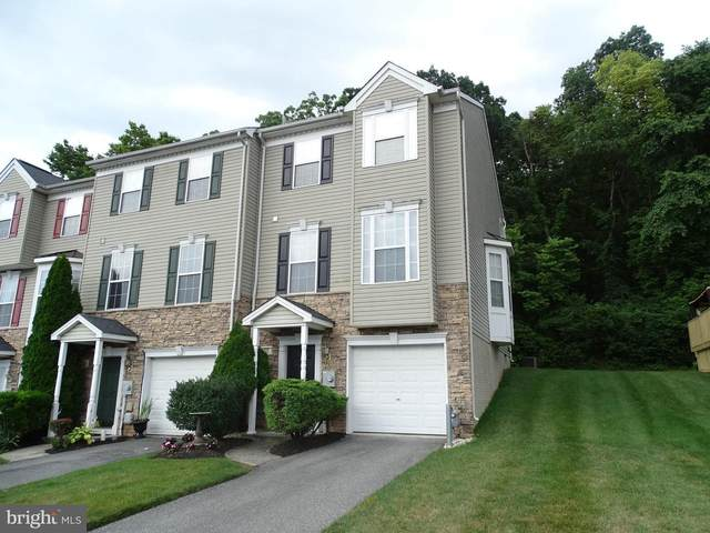 322 Bruaw Drive, YORK, PA 17406 (#PAYK138568) :: The Jim Powers Team