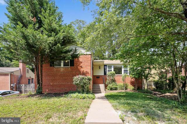 2902 School Street, ALEXANDRIA, VA 22303 (#VAFX1132272) :: Jennifer Mack Properties