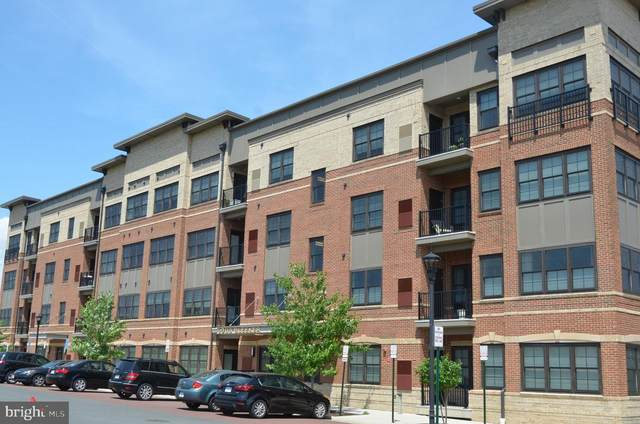 2903 Bleeker Street 5-407, FAIRFAX, VA 22031 (#VAFX1132356) :: City Smart Living