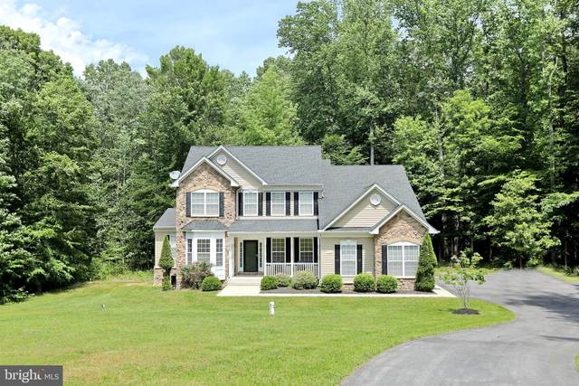 8100 Hollow Tree Lane, UPPER MARLBORO, MD 20772 (#MDPG570306) :: The Maryland Group of Long & Foster Real Estate