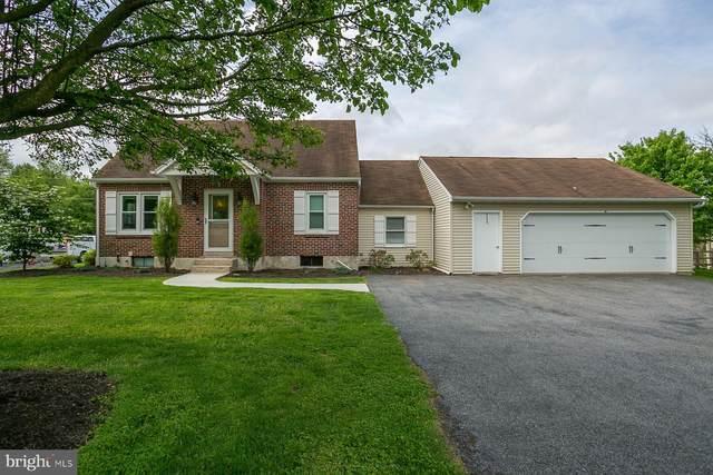 32 E Charles Street, WERNERSVILLE, PA 19565 (#PABK358566) :: Linda Dale Real Estate Experts