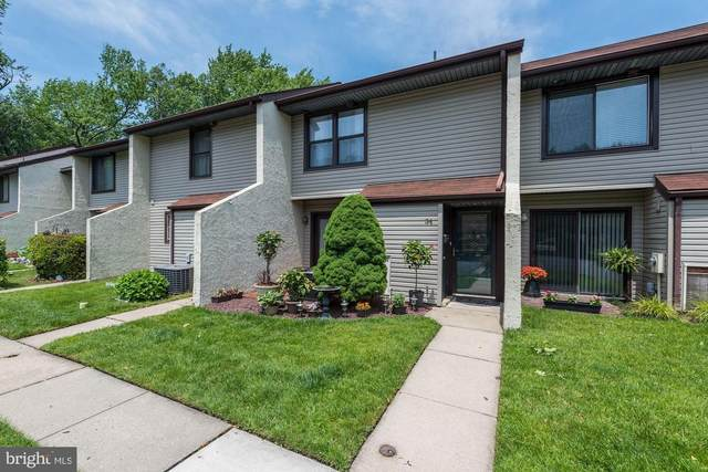 34 W Azalea Lane, MOUNT LAUREL, NJ 08054 (#NJBL373928) :: Keller Williams Real Estate