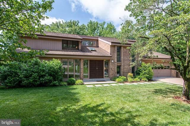 3811 Fort Hill Drive, ALEXANDRIA, VA 22310 (#VAFX1133018) :: Colgan Real Estate