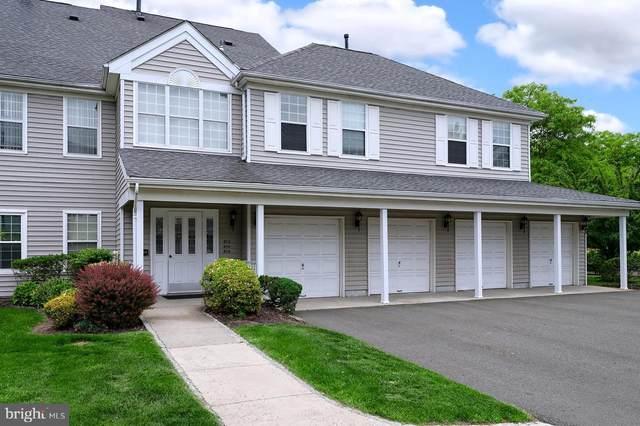 814 Eagles Chase Drive, LAWRENCE TOWNSHIP, NJ 08648 (#NJME296494) :: LoCoMusings