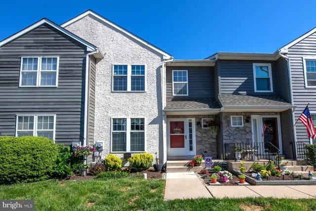 229 Moria Place, ASTON, PA 19014 (#PADE520192) :: The John Kriza Team