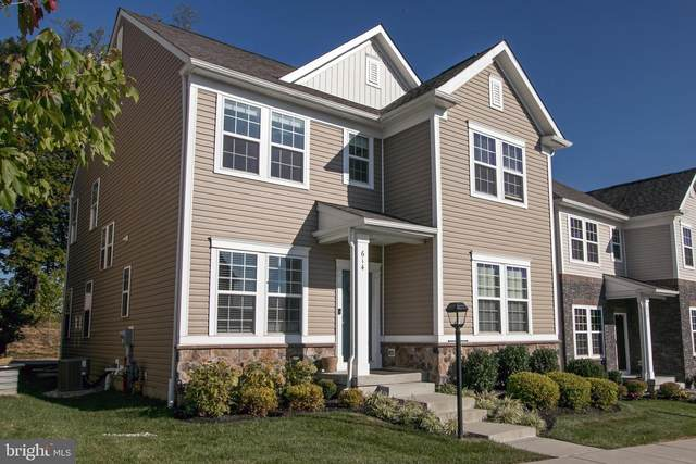 614 Kent Court, CHESTER SPRINGS, PA 19425 (#PACT508250) :: The John Kriza Team