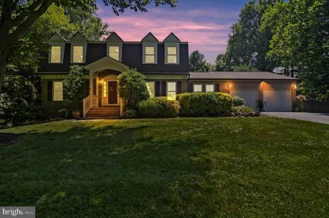 9705 Darlene Lane, GREAT FALLS, VA 22066 (#VAFX1134086) :: Great Falls Great Homes