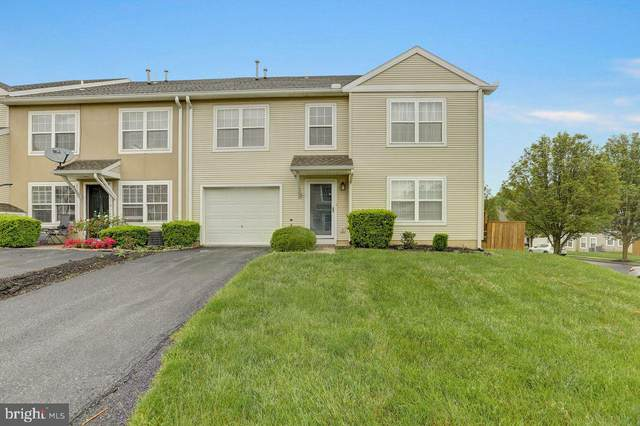 37 Courtyard Drive, CARLISLE, PA 17013 (#PACB124810) :: The Heather Neidlinger Team With Berkshire Hathaway HomeServices Homesale Realty