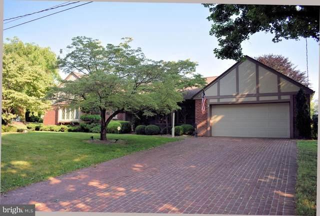 32 Edgewood Circle, CHAMBERSBURG, PA 17202 (#PAFL173372) :: The Joy Daniels Real Estate Group