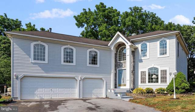11507 Rolling Green Court, HAGERSTOWN, MD 21742 (#MDWA173034) :: AJ Team Realty