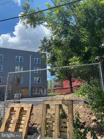 2444 N Lee Street, PHILADELPHIA, PA 19125 (#PAPH907868) :: LoCoMusings