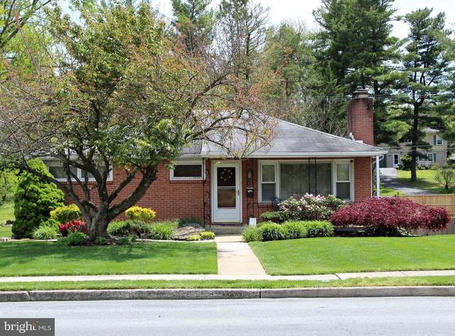 332 Belview Avenue, HAGERSTOWN, MD 21742 (#MDWA173112) :: Bob Lucido Team of Keller Williams Integrity