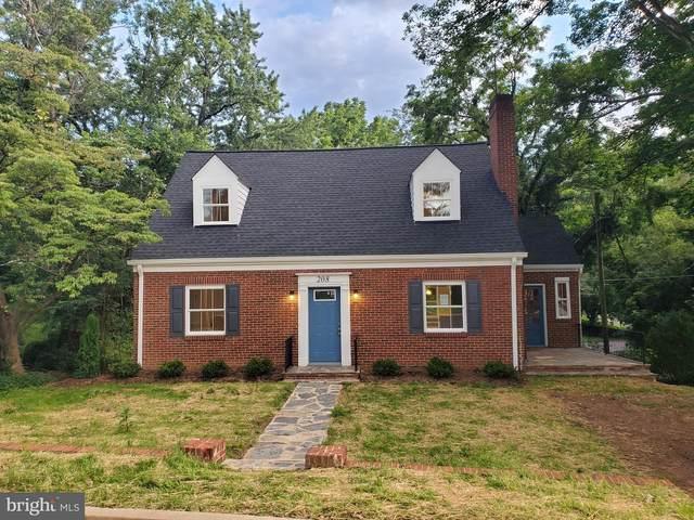 208 Salem Avenue, FRONT ROYAL, VA 22630 (#VAWR140628) :: Debbie Dogrul Associates - Long and Foster Real Estate