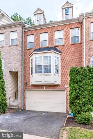12239 Stockton Tees Lane, FAIRFAX, VA 22030 (#VAFX1137334) :: Dart Homes