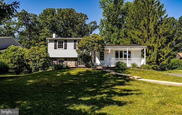 8 Tanglewood Lane, MALVERN, PA 19355 (#PACT509612) :: Keller Williams Real Estate
