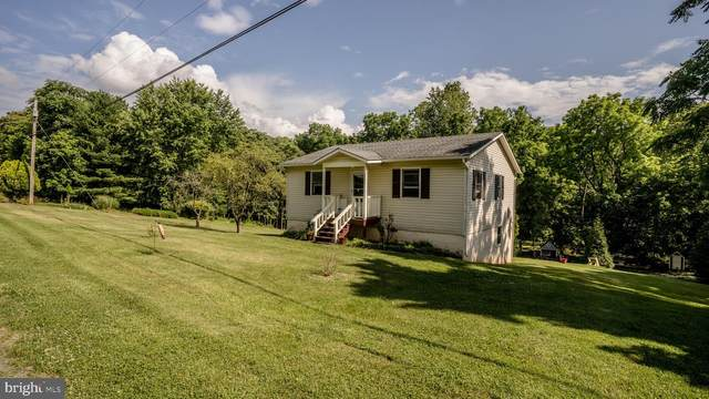 1433 Avon Bend, CHARLES TOWN, WV 25414 (#WVJF139262) :: The MD Home Team