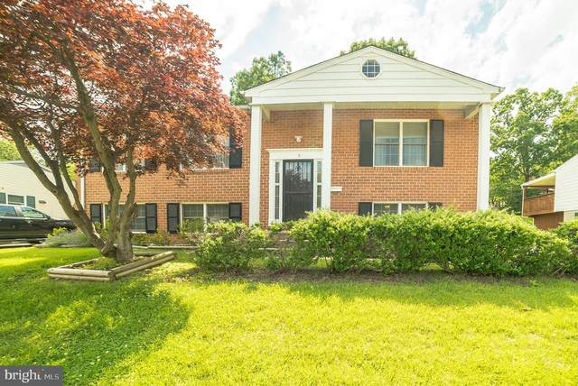 6 Hunting Creek Court, BALTIMORE, MD 21228 (#MDBC498222) :: The Bob & Ronna Group
