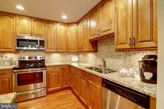 953 S Rolfe Street #1, ARLINGTON, VA 22204 (#VAAR165020) :: Jennifer Mack Properties