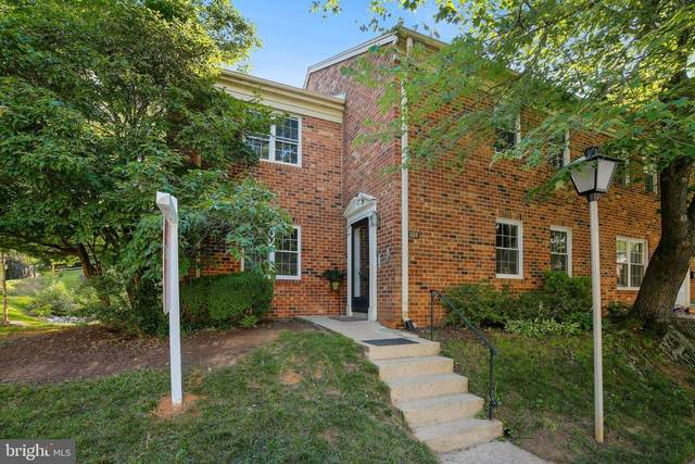 804 College Parkway #8, ROCKVILLE, MD 20850 (#MDMC713748) :: The Licata Group/Keller Williams Realty