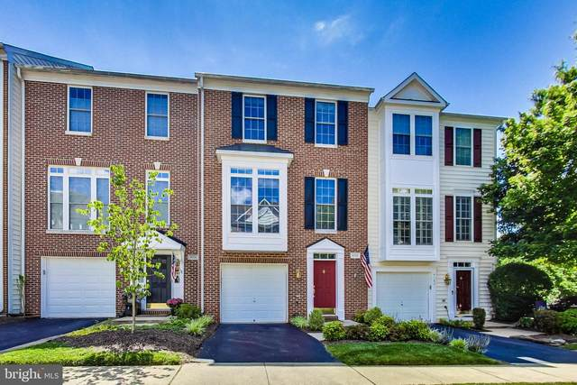 4102 Fairfax Center Creek Drive, FAIRFAX, VA 22030 (#VAFX1137882) :: The Licata Group/Keller Williams Realty