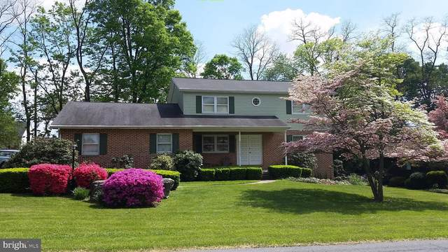 9 Clover Lane, MECHANICSBURG, PA 17050 (#PACB125110) :: The Joy Daniels Real Estate Group