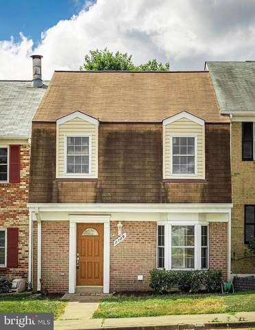 8709 Point Of Woods Drive, MANASSAS, VA 20110 (#VAMN139884) :: AJ Team Realty