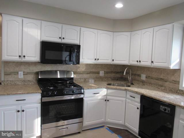 737 Alburger Avenue, PHILADELPHIA, PA 19115 (#PAPH909894) :: John Lesniewski | RE/MAX United Real Estate