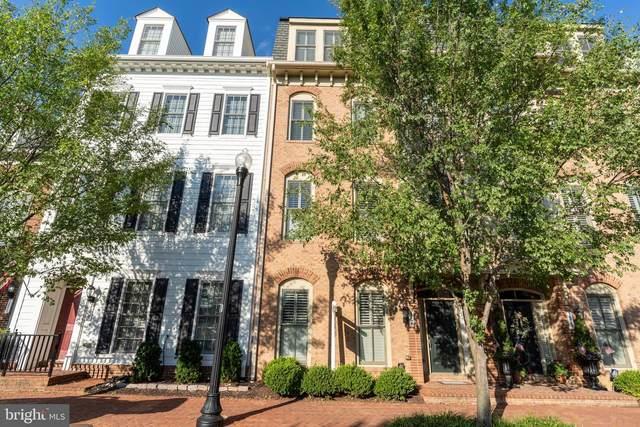 1851 Potomac Greens Drive, ALEXANDRIA, VA 22314 (#VAAX247982) :: Bic DeCaro & Associates