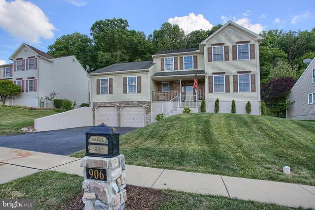 906 Connor Court, SINKING SPRING, PA 19608 (#PABK360018) :: Bob Lucido Team of Keller Williams Integrity