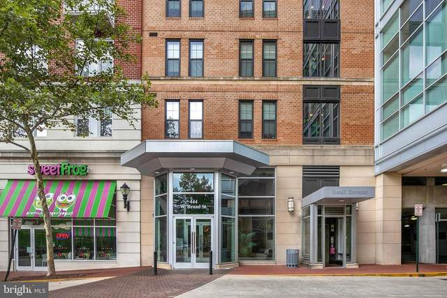 444 W Broad Street #424, FALLS CHURCH, VA 22046 (#VAFA111334) :: RE/MAX Cornerstone Realty