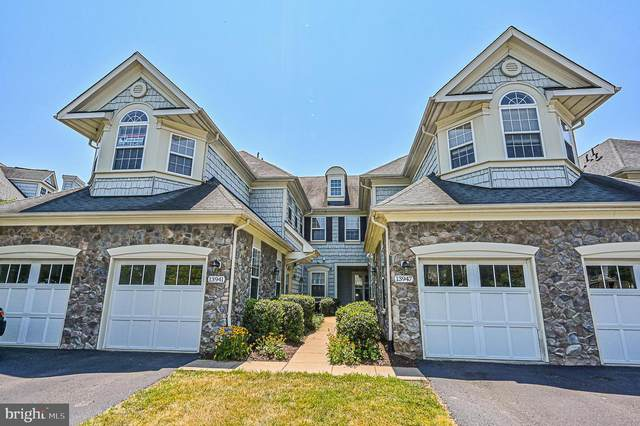13941 Gullane Drive, WOODBRIDGE, VA 22191 (#VAPW498738) :: The Licata Group/Keller Williams Realty