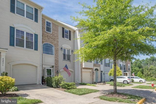 42969 Beachall Street, CHANTILLY, VA 20152 (#VALO415212) :: Network Realty Group
