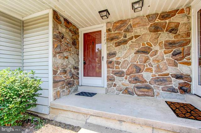 2003 Red Maple Grove, AMBLER, PA 19002 (#PAMC654976) :: Ramus Realty Group